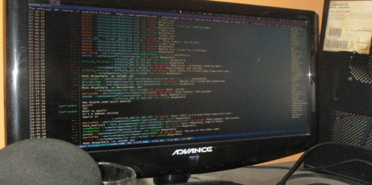 Cómo agregar o eliminar una entrada ARP estática en GNU+Linux